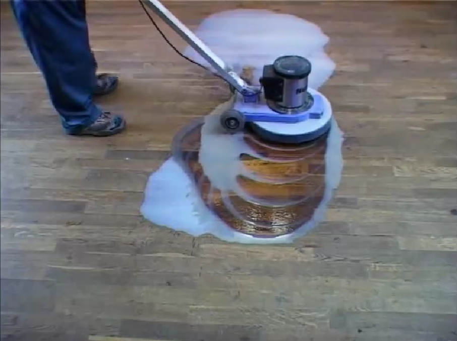 Fußboden Reinigen ~ Boden reinigen und reparieren egger